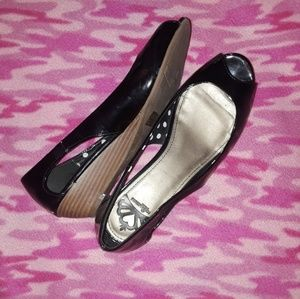 Shoes - Black glossy wedges